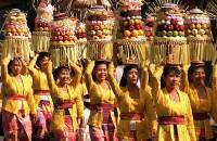 upacara masyarakat bali