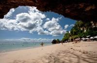 Pemandangan Pantai Padang-padang