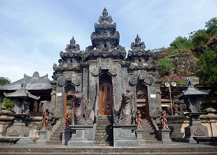 Pura Pulaki Bali Utara